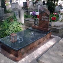 Szimpla sírkő 75