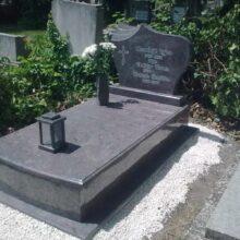 Szimpla sírkő 78