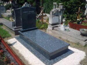 Szimpla sírkő 80