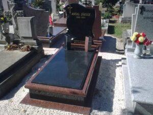 Szimpla sírkő 86