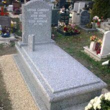 Szimpla sírkő 88
