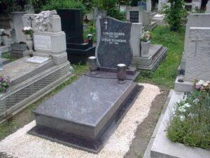 Szimpla sírkő 90