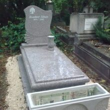 Szimpla sírkő 92