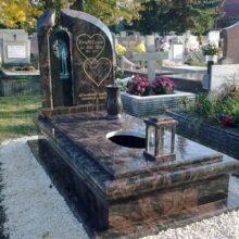 Szimpla sírkő 94