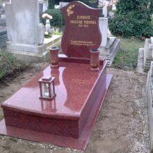 Szimpla sírkő 106