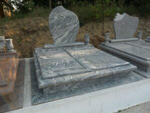 Dupla sírkő 8