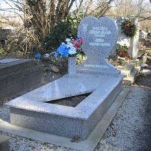 Szimpla sírkő 29