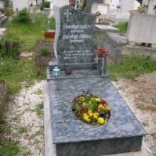 Szimpla sírkő 23