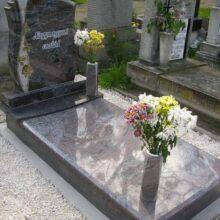 Szimpla sírkő 14