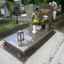 Szimpla sírkő 11