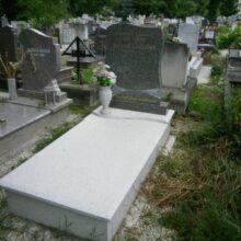 Szimpla sírkő 13