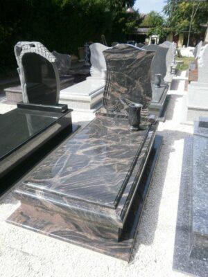 Szimpla sírkő 12