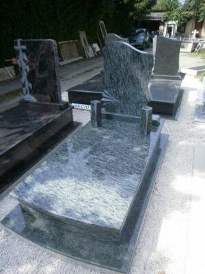 Szimpla sírkő 8