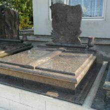 Dupla sírkő 1