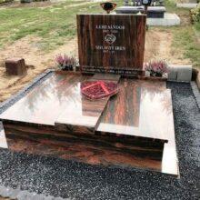 Dupla sírkő 18