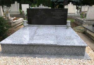 Dupla sírkő 28