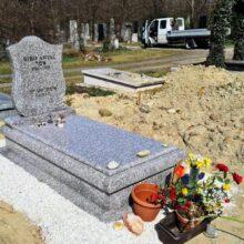 Szimpla sírkő 113