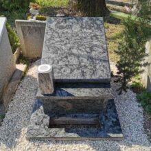 Urna sírkő 34