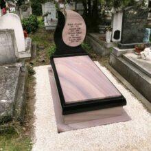 Szimpla sírkő 102