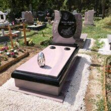Szimpla sírkő 103