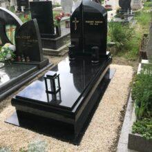 Szimpla sírkő 108