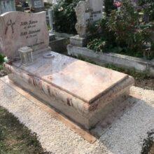 Szimpla sírkő 97