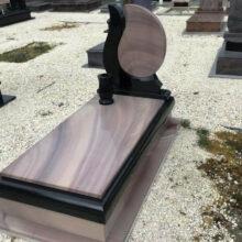 Szimpla sírkő 42