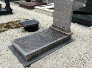 Szimpla sírkő 49
