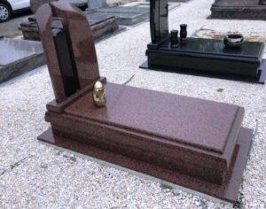 Szimpla sírkő 64