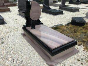 Szimpla sírkő 65