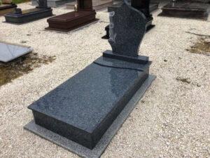 Szimpla sírkő 66