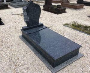 Szimpla sírkő 70