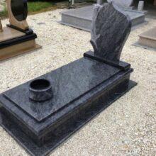Szimpla sírkő 74