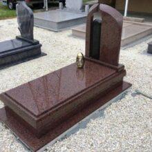 Szimpla sírkő 69
