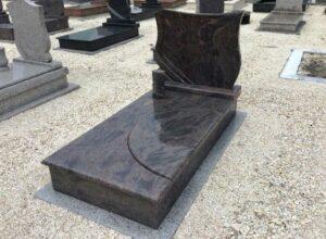 Szimpla sírkő 37