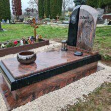 Szimpla sírkő 109